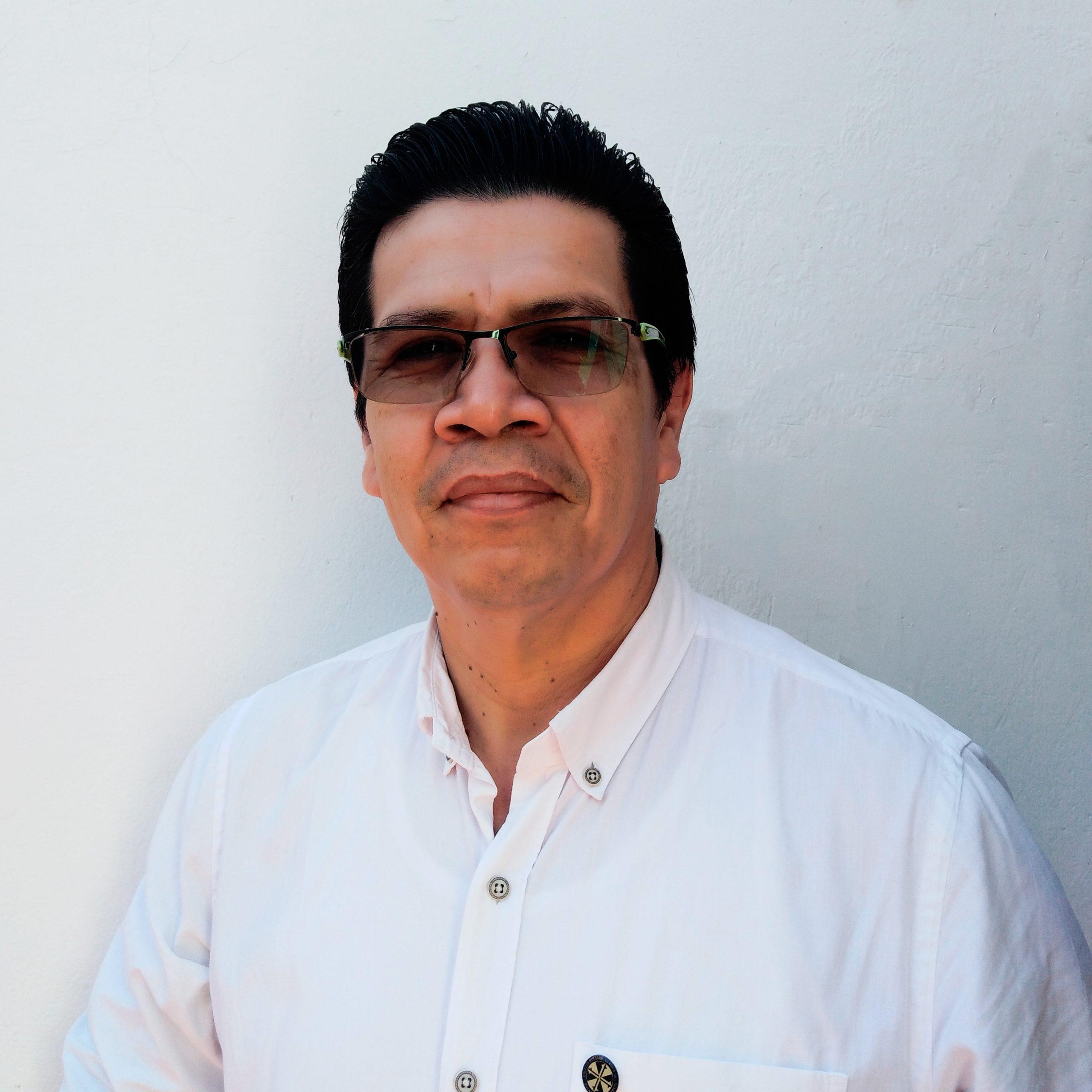 Luis Enrique Caro Ortega - Docente Música y Dibujo
