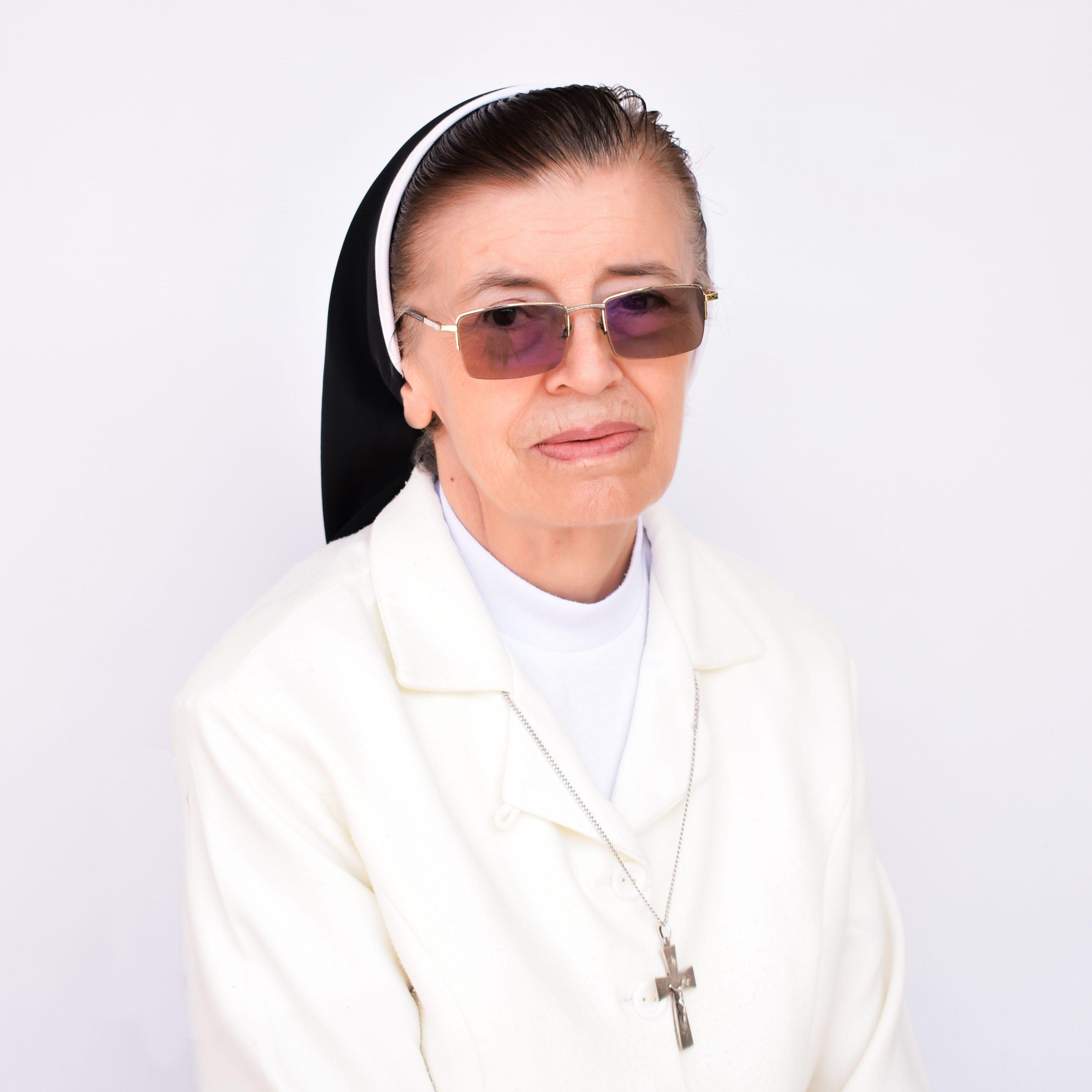 Sor Clemencia Galindo Torres - Rectora